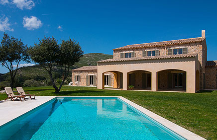 Luxury country houses in the north-east of Mallorca