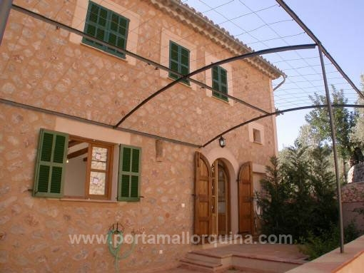house in Fornalutx for sale