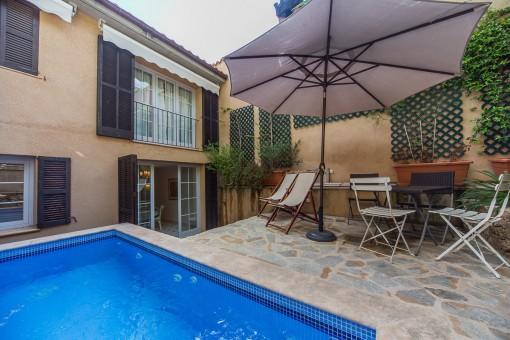 Mallorquin pool area and terrace