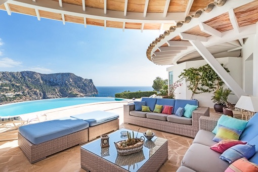Fabulous villa with original architecture and panoramic sea views in Port Andratx