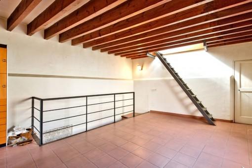 Living space on 3 floors