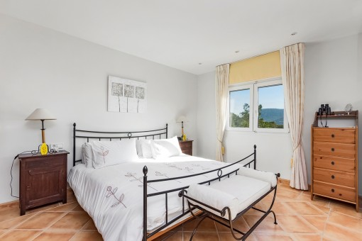 The villa offers 3 bedrooms