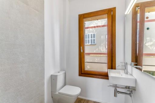 Small bathroom en suite