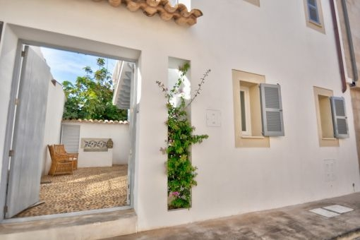 Wonderful town house with roof terrace in Porto Colom
