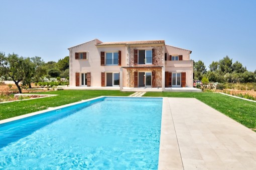 Fantastic newly built finca near Portocolom - purchase