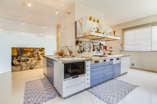 Modern and unique kitchen