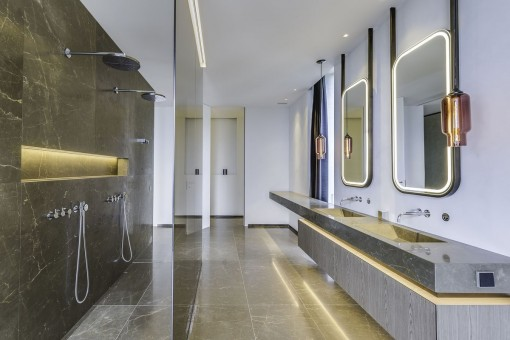 One of 6 noble bathroom