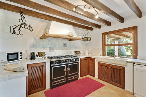 Charming country house kitchen