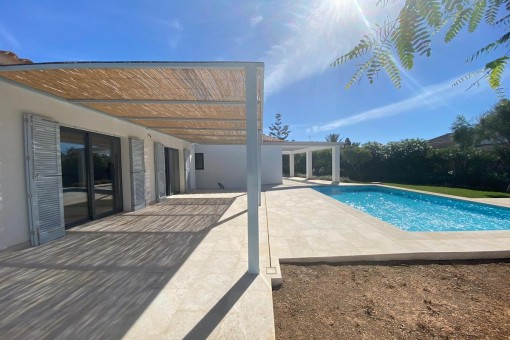 Charming newly-built chalet with pool in the enchanting coastal village of Portocolom