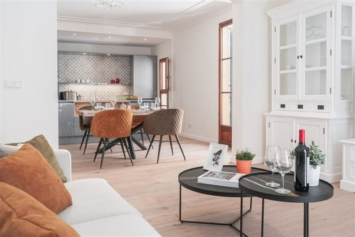 Completely renovated old town apartment with communal roof terrace, within walking distance of the sea and Cathedral in Palma