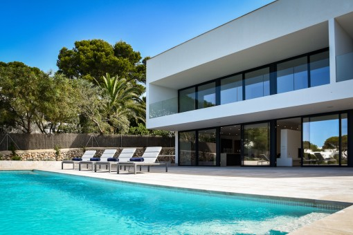Spectacular designer-villa on the 1st sea line in Cala D'Or