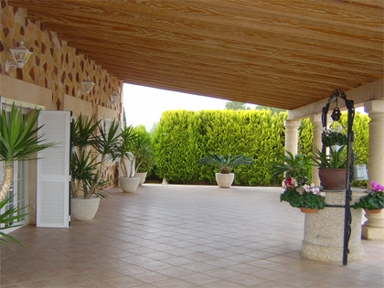 Fantastic country house in a quiet residential area in Binissalem