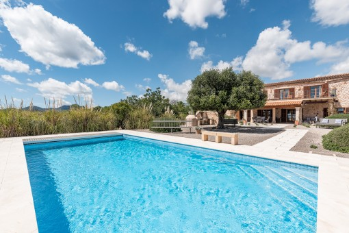 Magnificent and luxurious country finca with stunning sea views and holiday rental licence in S'Espinagar