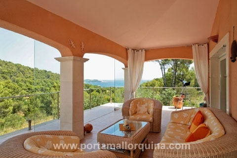 High quality villa with views over the sea and the Bay of Cala Ratjada