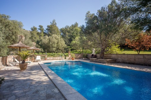 Mediterran pool area