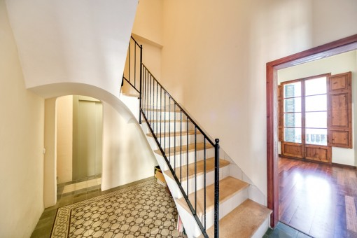 Charming Manor House In El Terreno Purchase - Mallorca fliesen shop