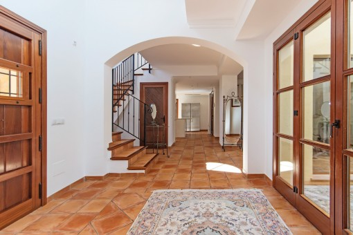 Inviting entrance hall