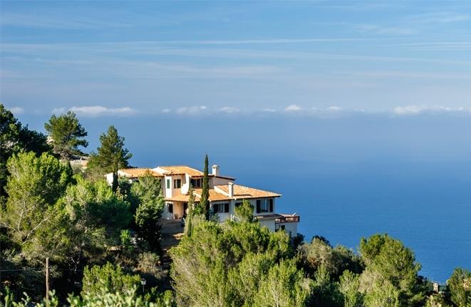 Breath-taking sea view over Valldemossa