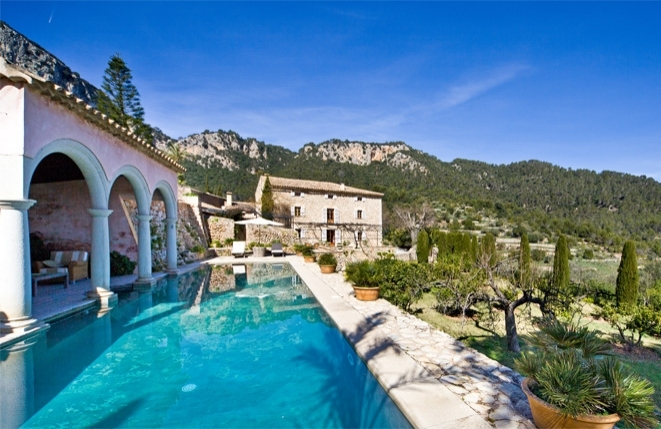 Exclusive and traditional Majorcan country...