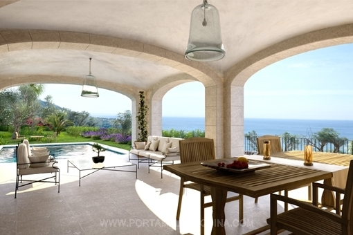 Covered terrace with a breath-taking sea view
