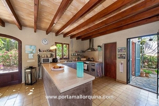 Open kitchen with terrace acces