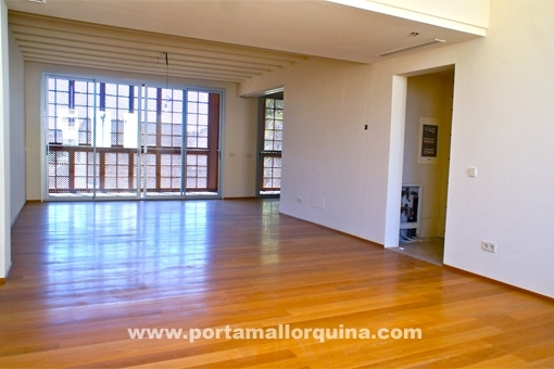 Living room with parquet floors