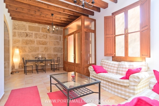 Pretty and completely renovated townhouse in the centre of Alcudia oldtown