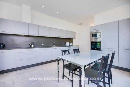 Elegant modern white kitchen