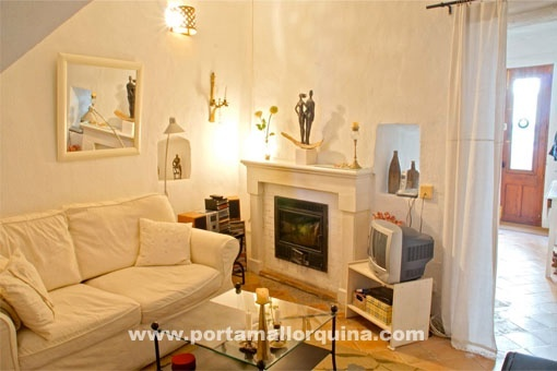 Small charming town house in the heart of Arta