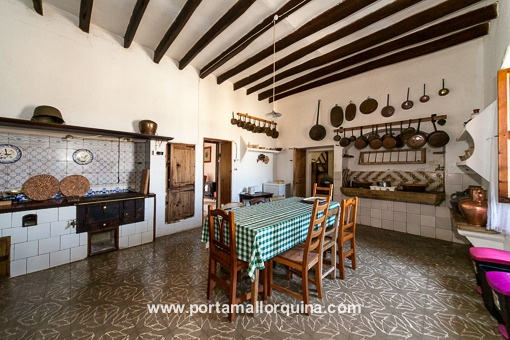 Traditional kitchen with dining area