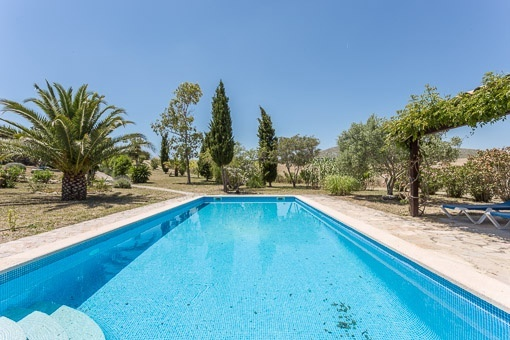 Country house with pool in Arta