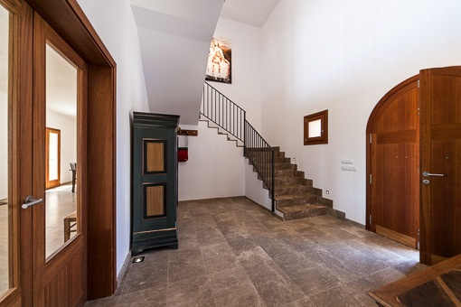 Entrance area and staircase to the first floor