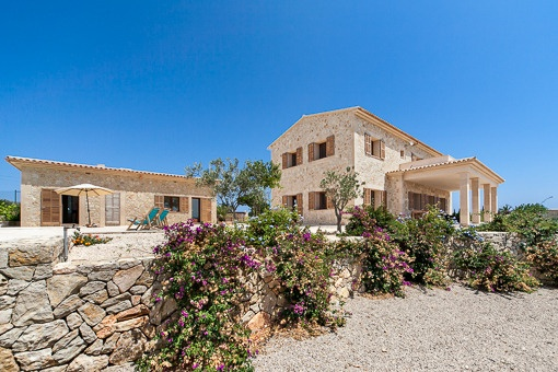 finca in Cales de Mallorca for sale