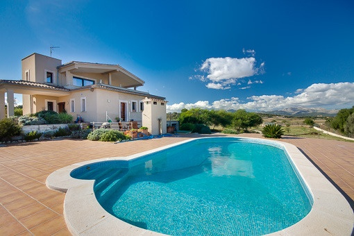 Newly built hill-site finca with panoramic views to the most attractive landscape of Mallorca near Muro