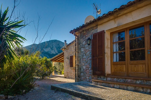 Country house with views towards the Tramuntana mountains