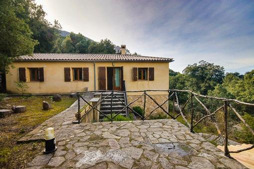 villa in Escorca