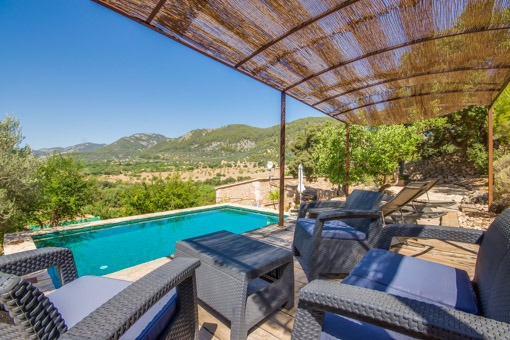 Completely modernized 1,000-year-old Majorcan country house with pool and panoramic views