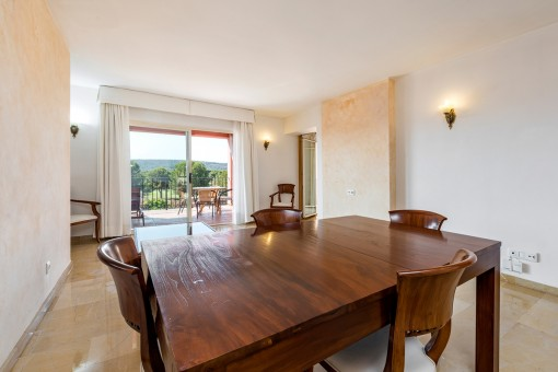 Living and dining area with access to the balcony