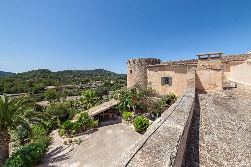 Country property nearby S'Horta with a fortified tower dating back to the 14th century