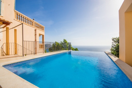 Fantastic villa with spectacular sea views in Canyamel