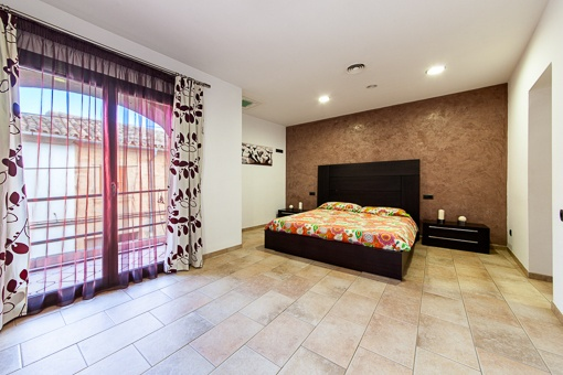 Main bedroom with panoramic windows
