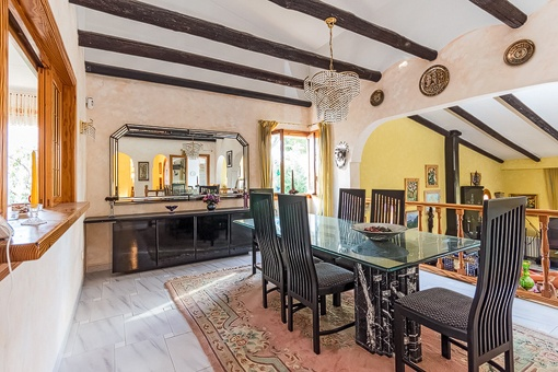 Traditionall dining area