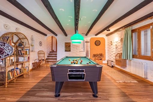 Gorgeous billiard room