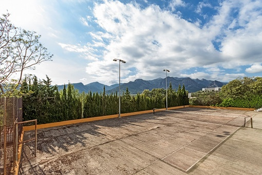 Tennis court with lovely mountain views