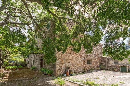 Magnificent building plot investment in a highly desirable area in Valldemossa