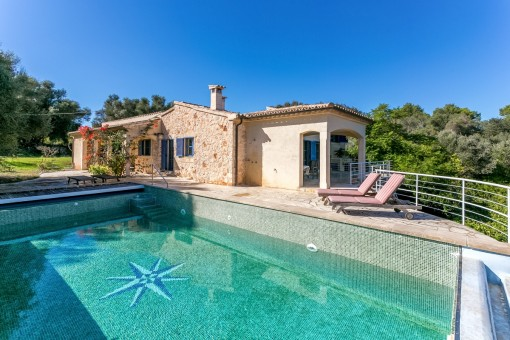 Finca on a large plot with panoramic countryside views to Alcudia