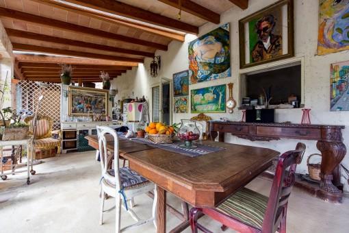 Extraordinary dining room