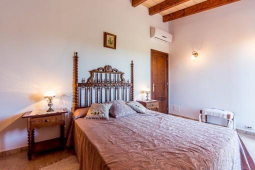 Mallorquin single bedroom