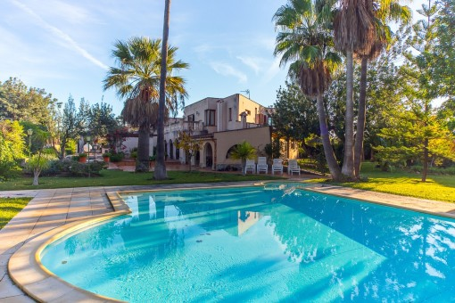 Large villa in a quiet area with pool and beautiful Tramuntana views in Es Garrovers