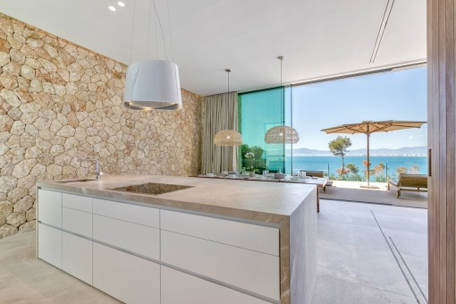 High-quality kitchen with cooking island and sea views